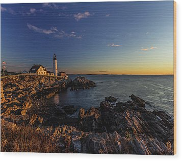 Sunrise At Portland Headlight Wood Print