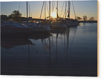 Sunrise At The Marina  Wood Print