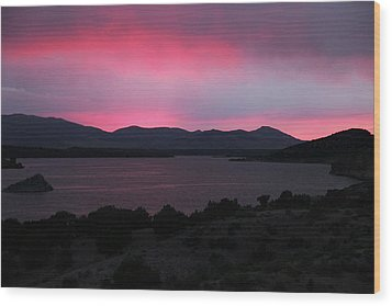 Sunrise At Yuba Lake Wood Print by Dan Pearce