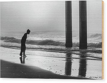 Wood Print featuring the photograph Sunrise Boy In Foggy Beach by John McGraw