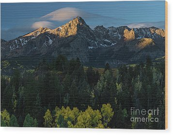 Sunrise In Colorado - 8689 Wood Print