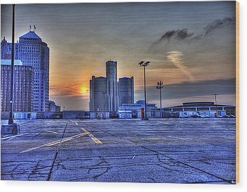 Sunrise In Detroit Mi Wood Print by Nicholas  Grunas