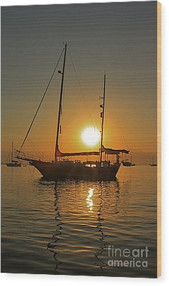 Wood Print featuring the photograph Sunrise by Nicola Fiscarelli