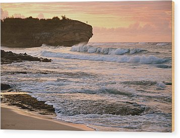Sunrise On Shipwreck Beach Wood Print