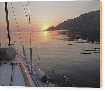 Sunrise On The Aegean Wood Print by Christin Brodie