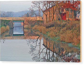 Sunrise On The I And  M Canal Wood Print