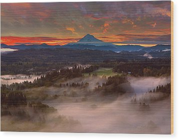 Sunrise Over Mount Hood And Sandy River Valley Wood Print by David Gn