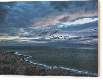 Sunrise Over The Dead Sea Israel Wood Print by Reynold Maines