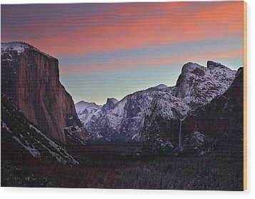 Wood Print featuring the photograph Sunrise Over Yosemite Valley In Winter by Jetson Nguyen
