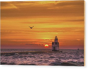 Wood Print featuring the photograph Sunrise Solo by Bill Pevlor