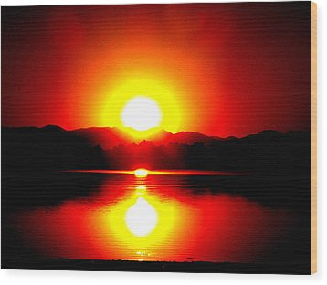 Sunset 3 Wood Print by Travis Wilson