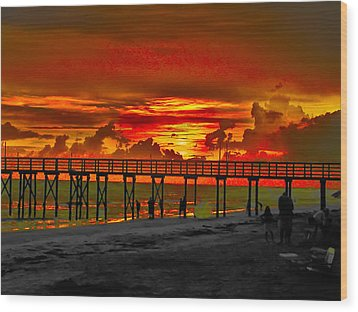 Sunset 4th Of July Wood Print by Bill Cannon