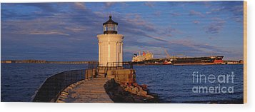 Sunset At Bug Light Lighthouse 2 Wood Print