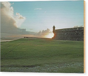 Wood Print featuring the photograph Sunset At El Morro by Gary Wonning