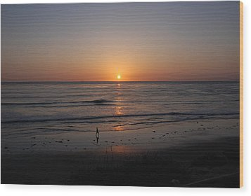 Sunset At Eljio Beach California Wood Print by Susanne Van Hulst