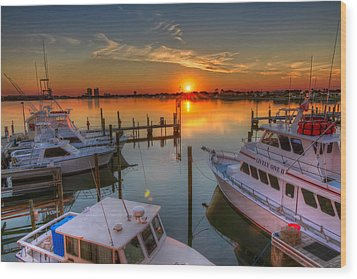 Sunset At The Marina Wood Print by Tim Stanley
