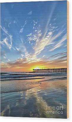 Sunset At The Pismo Beach Pier Wood Print by Vivian Krug Cotton
