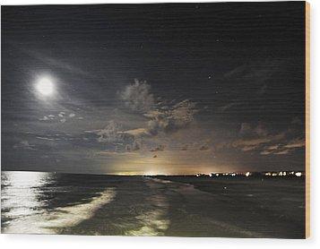 Sunset Beach  Wood Print by Don Mennig