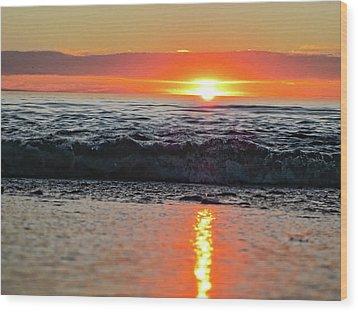 Sunset Beach Wood Print by Douglas Barnard