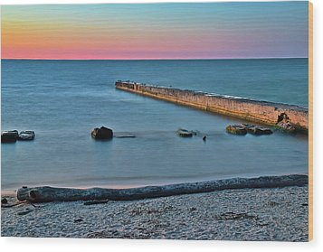Wood Print featuring the photograph Sunset Beach On Lake Erie by Frozen in Time Fine Art Photography