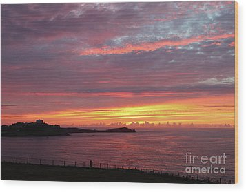 Wood Print featuring the photograph Sunset Clouds In Newquay Cornwall by Nicholas Burningham