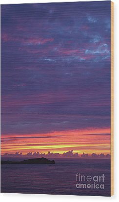 Wood Print featuring the photograph Sunset Clouds In Newquay, Uk by Nicholas Burningham