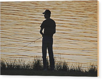 Wood Print featuring the photograph Sunset Fishing by Teresa Blanton
