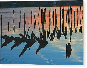 Sunset In Colonial Beach Virginia Wood Print by Clayton Bruster