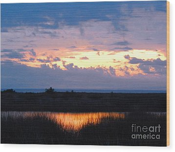 Sunset In The River Sea Beyond Wood Print