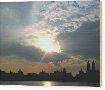 Wood Print featuring the photograph Sunset New York  by Vannetta Ferguson