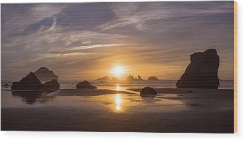 Sunset On Bandon Beach Wood Print