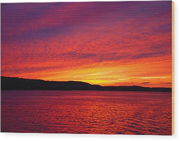 Sunset On Fire Wood Print by Larry Nielson