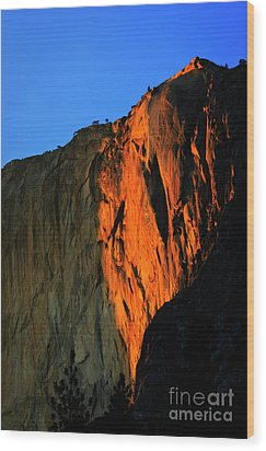 Sunset On Horsetail Fall Wood Print by Jim And Emily Bush