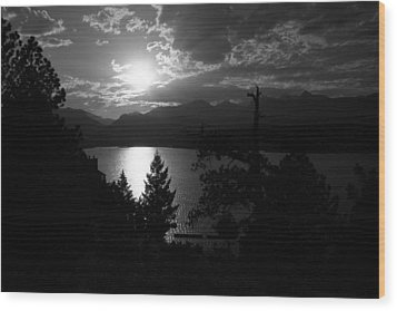 Wood Print featuring the photograph Sunset On Lake Estes by Perspective Imagery