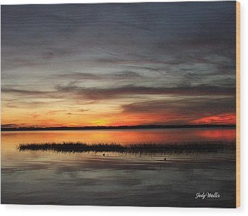 Sunset On Lake Lochloosa Wood Print by Judy  Waller