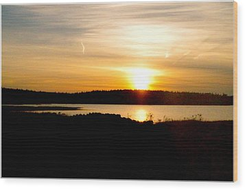 Wood Print featuring the photograph Sunset On Morrison Beach by Jason Lees