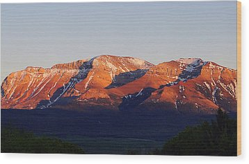 Wood Print featuring the photograph Sunset On Sofa Mountain by Blair Wainman