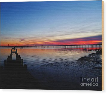 Sunset On The Shore Of Southend Wood Print