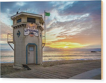 Wood Print featuring the photograph Sunset Over Laguna Beach Lifeguard Station by Cliff Wassmann