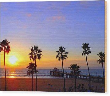Sunset Over Manhattan Beach Wood Print by Jeff Lowe