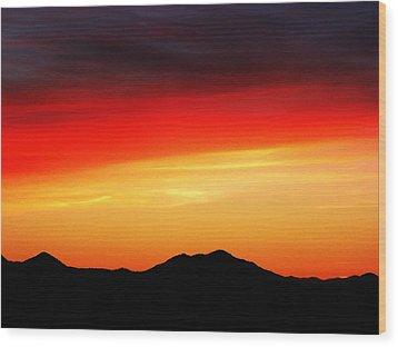 Sunset Over Santa Fe Mountains Wood Print