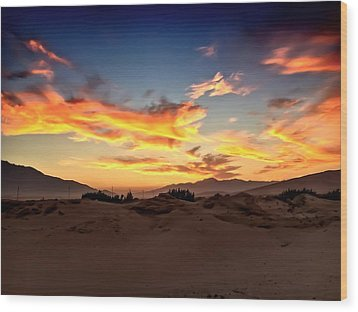 Sunset Over The Desert Wood Print by Chris Tarpening