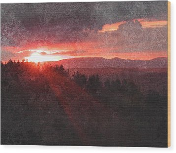 Sunset Over Umbria Wood Print by Dorothy Berry-Lound