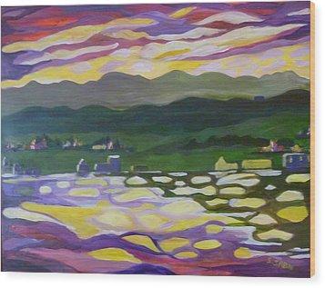 Sunset Reflection Wood Print by Saga Sabin