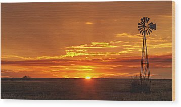 Sunset Windmill 02 Wood Print by Rob Graham