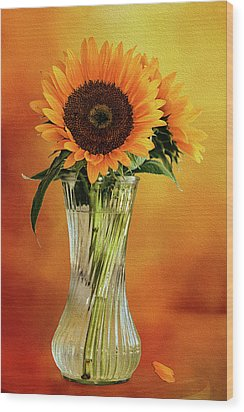 Sunshine In A Vase Wood Print by Diane Schuster