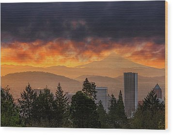Sunsrise Over City Of Portland And Mount Hood Wood Print by David Gn