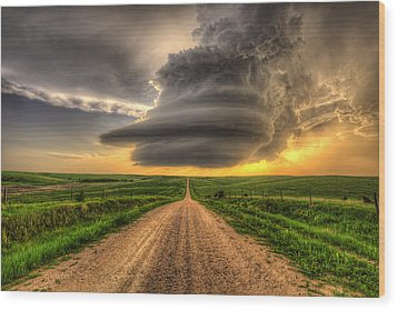 Supercell Highway - Arcadia Nebraska Wood Print by Douglas Berry