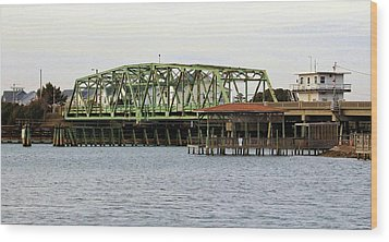Surf City Swing Bridge Wood Print by Cynthia Guinn