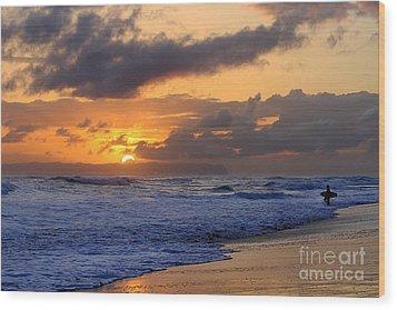 Surfer At Sunset On Kauai Beach With Niihau On Horizon Wood Print